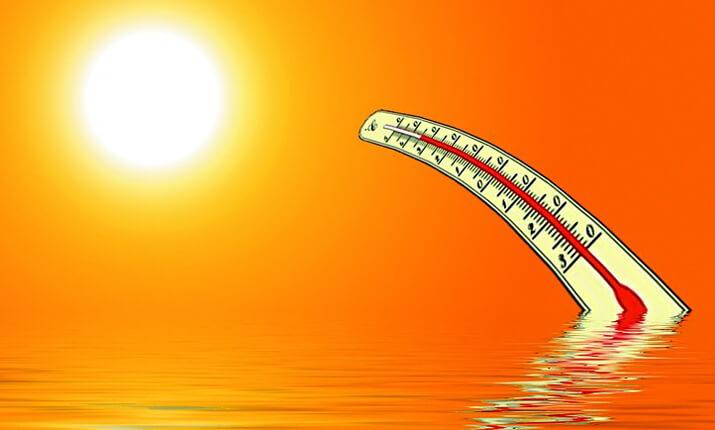 炎天下の気温計